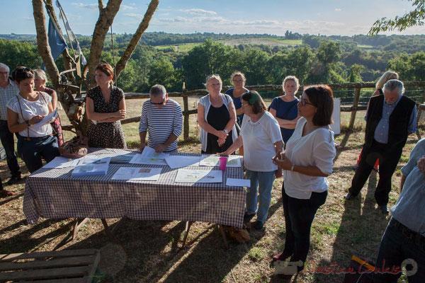 Cartes, analyses, documents techniques réalisés par l'Association Label Nature sont à disposition. Saint-Genès-de-Lombaud, Gironde