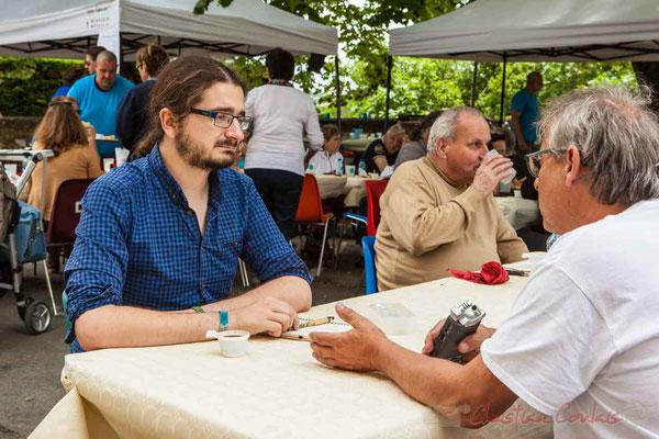 Guillaume Coeymans, pour les Scènes d'été de la Gironde, interwieve Richard Raducanu, Président de JAZZ360. Camblanes-et-Meynac, 11/06/2016