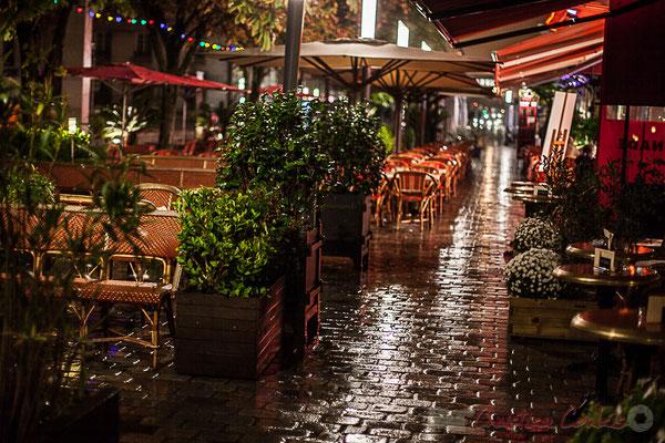 Terrasses extérieur nuit, bars, restaurants, brasserie, rue Charles Domercq, Bordeaux