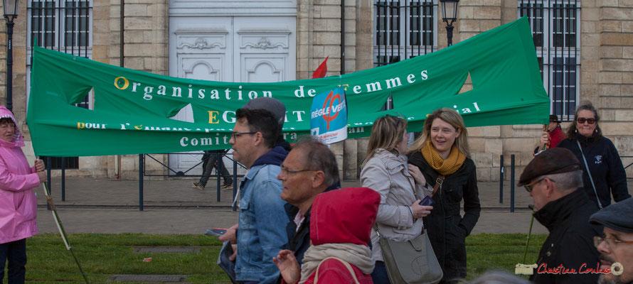 """""""Organisation des femmes, égalité pour l'émancipation (?) sociale"""" Manifestation du 1er mai 2017, avec la France Insoumise, quai de la Douane, Bordeaux"""