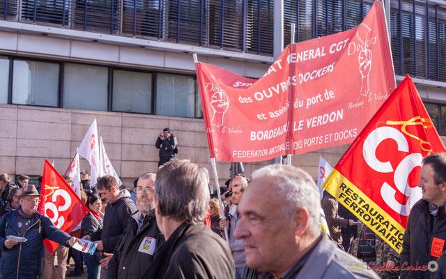 Syndicat général CGT des ouvriers dockers et assimilés du port de Bordeaux le Verdon. Manifestation intersyndicale contre les réformes libérales de Macron. Cours d'Albret, Bordeaux, 16/11/2017