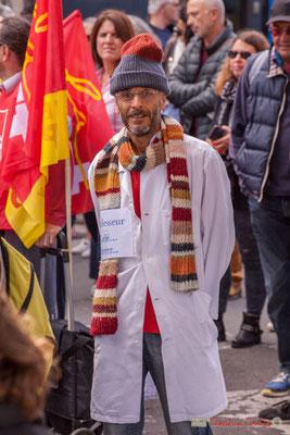 """""""Professeur gelé...Grrrr..."""" Manifestation intersyndicale de la Fonction publique, place Gambetta, Bordeaux. 10/10/2017"""