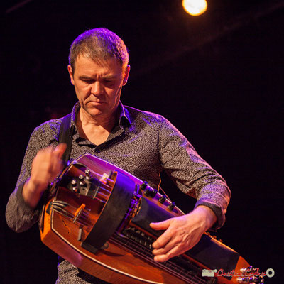 Gilles Chabanat, vielle électroacoustique; Clax Quartet. Festival JAZZ360 2018, Cénac. 09/06/2018