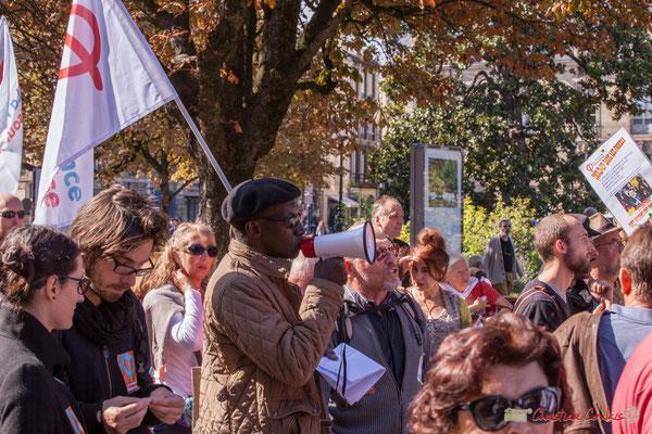 """""""Résistance, résistance..."""" Manifestation intersyndicale de la Fonction publique, place Gambetta, Bordeaux. 10/10/2017"""