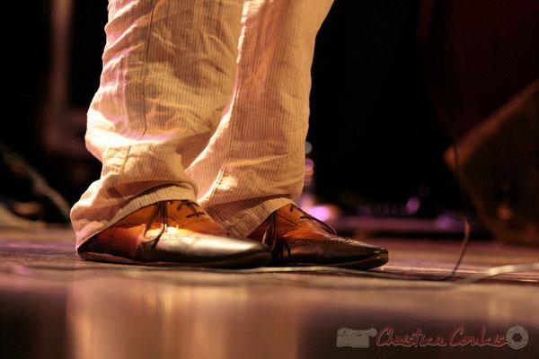 "1 ""en mesure"" Médéric Collignon ""Jus de Bocse"". Festival JAZZ360 2011, Cénac. 04/06/2011"