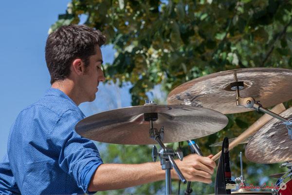 Pierre Lucbert, batteur; Tom Ibarra Group. Festival JAZZ360, 10 juin 2017, Camblanes-et-Meynac