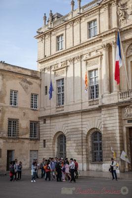 7 Eglise désaffectée de Sainte-Anne d'Arles, Hôtel de ville d'Arles, place de la République, achevé en 1676