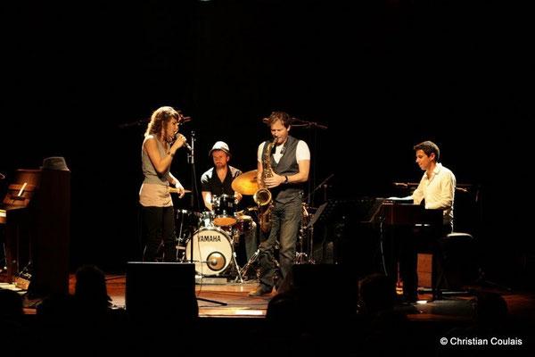 Olinka Mitroshina, Eric Pérez, Frédéric Borey, Hervé Saint-Guirons; Olinka Mitroshina Quartet, Festival JAZZ360 2011, Cénac. 01/06/2011