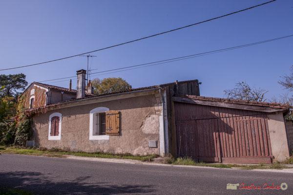 Clos Montagne (ferme isolée datant de la fin du XVIIIème siècle), avenue du bois de filles, Cénac, Gironde. 16/10/2017