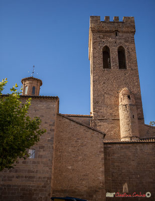 Tour crénelée. Iglesia de Santiago, 25, Calle Santigo, Sangüesa, Navarra