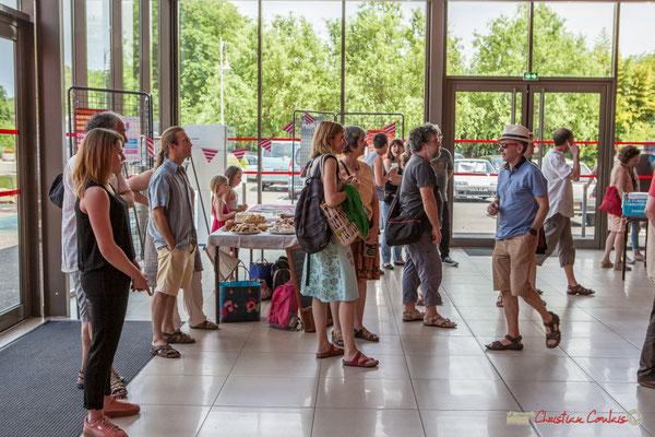 15h00, début des festivités. Concert de soutien des Insoumis de la 12ème circonscription de la Gironde. 28/05/2017, Targon