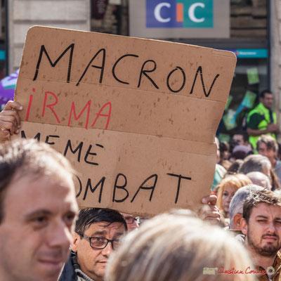 """""""Macron Irma même combat"""" Manifestation contre la réforme du code du travail. Place Gambetta, Bordeaux, 12/09/2017"""