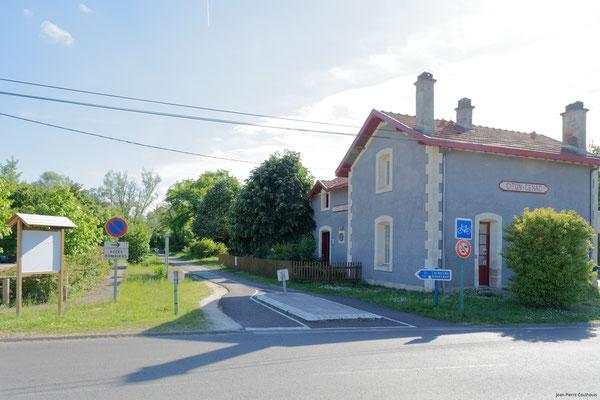 Gare ferroviaire de Citon par Jean-Pierre Couthouis. Cénac d'aujourd'hui. 09/05/2018
