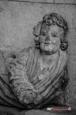 """""""Ange m(o)ignon""""Cité médiévale de Saint-Macaire. 28/09/2019. Photographie © Christian Coulais"""