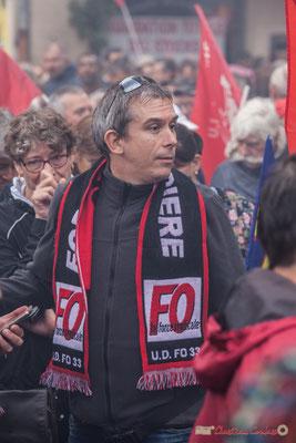 """""""Echarpe U.D. F.O. 33, la classe !""""  Manifestation contre la réforme du code du travail. Place Gambetta, Bordeaux, 12/09/2017"""