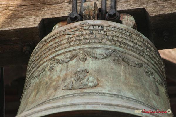 Cloche 567 kilogrammes, face ouest. Eglise de Saint-André, Cénac. 18/02/2010