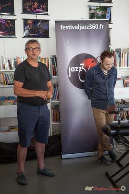 Richard Raducanu présente Vincent Vilnet, pianiste-compositeur qui est venu spécialement inaugurer cette nouvelle rétrospective photographique Festival JAZZ360. 1er juin 2017, Camblanes-et-Meynac