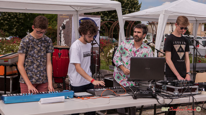Thomas, Lucas, Franck Martin (animateur), Pierre-Léo, Atelier Electro Jazz, association AMAC. Festival JAZZ2018, Cénac. 08/06/2018