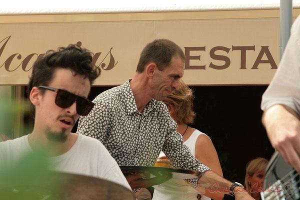 Festival JAZZ360 2011, Thierry Tujague, patron du restaurant les Acacias, Cénac, partenaire du festival. 05/06/2011