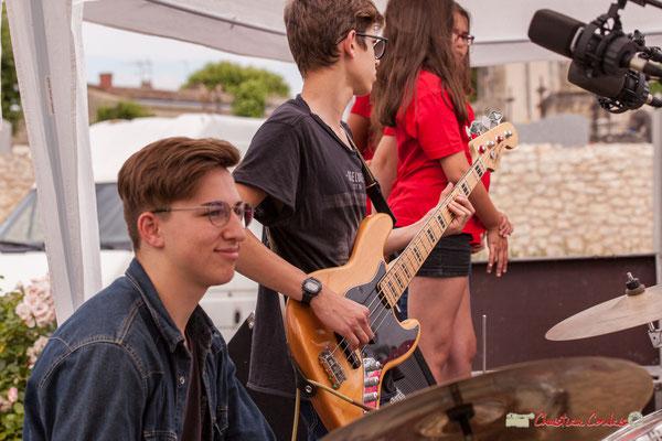 Batterie, guitare basse. Big Band Jazz du Collège Eléonore de Provence, dirigée par Rémi Poymiro. Festival JAZZ360 2018, Cénac. 08/06/2018