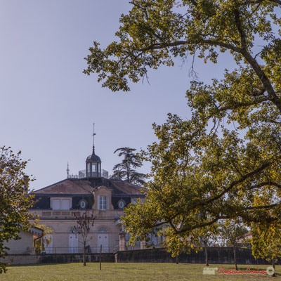 Arrière du Château Lamothe (fin XVIIIème siècle, début XIXème siècle). Allée Lamothe, Cénac, Gironde. 16/10/1017