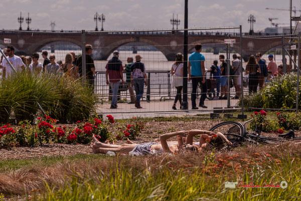 """""""Bronzage in vivo"""" Bordeaux fête le fleuve. 22/06/2019 Reproduction interdite - Tous droits réservés © Christian Coulais"""