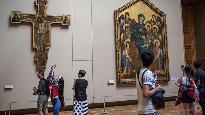 La Vierge et l'Enfant en majesté entourés de six anges, Cimabue, vers 1280, Le Salon carré, Musée du Louvre