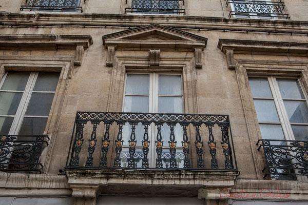 """56 """"Dans cette maison qu'il habitat, est mort Honoré Clair, archéologue arlésien, rénovateur de l'Arles antique (1796-1882)"""" Arles"""