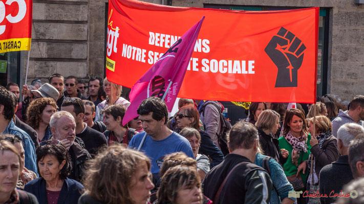 """La CGT """"Défendons notre Sécurité Sociale"""" Manifestation contre la réforme du code du travail. Place Gambetta, Bordeaux, 12/09/2017"""