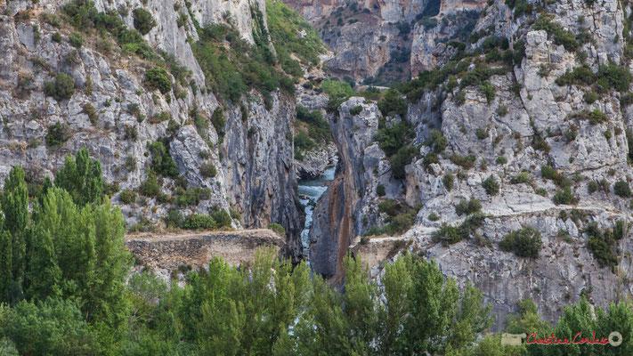 Le Pont du Diable, depuis la villa romaine /  Puente del diablo, de la Roman villa. Lumbier / Navarra