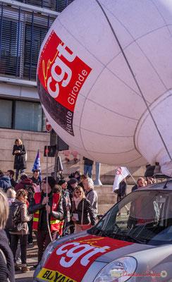 """""""La CGT Haute Gironde ne se dégonfle pas..."""" Manifestation intersyndicale contre les réformes libérales de Macron. Cours d'Albret, Bordeaux, 16/11/2017"""