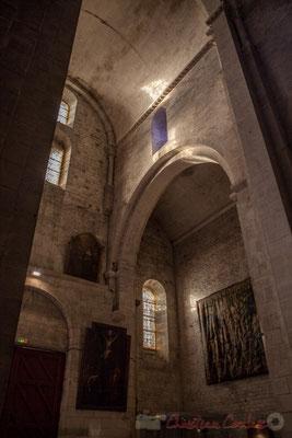16 Rai de soleil. Église Saint-Trophime (fin du XIIème siècle), Arles