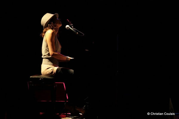 Olinka Mitroshina; Olinka Mitroshina Quartet, Festival JAZZ360 2011, Cénac. 01/06/2011