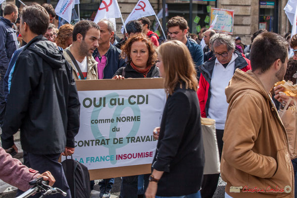 """La France Insoumise """"Oui au CDI comme norme du contrat de travail"""" Manifestation contre la réforme du code du travail. Place Gambetta, Bordeaux, 12/09/2017"""