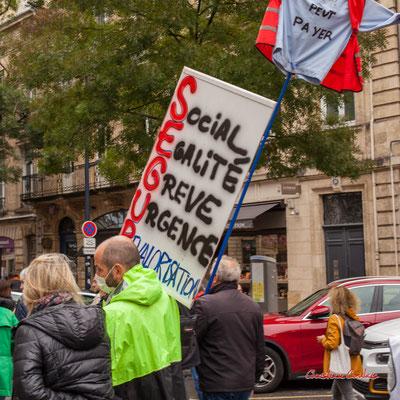 """""""SEGUR : social, égalité, grève, urgence, revalorisation"""" Manifestation intersyndicale, Bordeaux, mardi 5 octobre 2021. Photographie © Christian Coulais"""