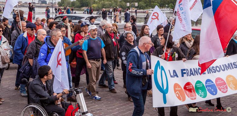 11h40 Cortège de la mixité des valeurs, les militants chiliens chantent Bella ciao avec la France insoumise. Quai Richelieu, Bordeaux. 01/05/2018