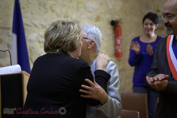...et réciproquement. Françoise Cartron, Sénatrice et Suzette Grel, Chevalière de l'Ordre national du Mérite, ce 7 février 2015 à Le Pout