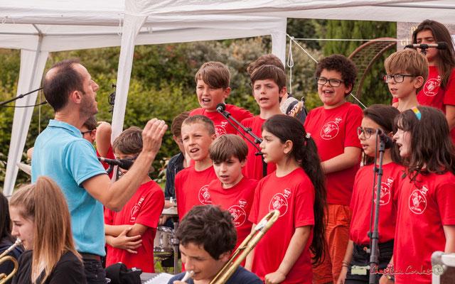 Chorale de l'école du Tourne dirigée par Vincent Nebout. Festival JAZZ360 2018, Cénac. 08/06/2018