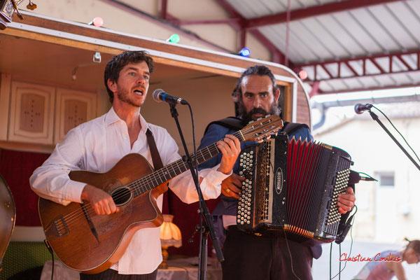 Boris Vaché, Soslan Cavadore; Romano Dandies. Festival Ouvre la voix, Frontenac, samedi 4 septembre 2021. Photographie © Christian Coulais
