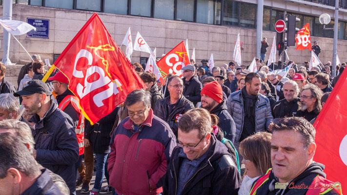 La CGT. Manifestation intersyndicale contre les réformes libérales de Macron. Cours d'Albret, Bordeaux, 16/11/2017