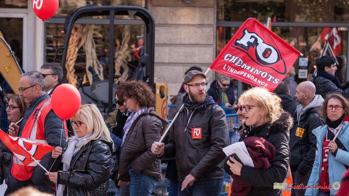 14h38 FO Cheminots l'indépendance. Manifestation intersyndicale de la Fonction publique/cheminots/retraités/étudiants, place Gambetta, Bordeaux. 22/03/2018