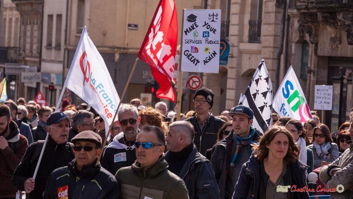"""15h09 """"Macron à l'usine, Pénicaud à la mine ! ! !"""" Manifestation intersyndicale de la Fonction publique/cheminots/retraités/étudiants, place Gambetta, Bordeaux. 22/03/2018"""