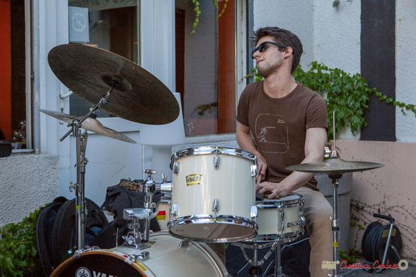 Tom Peyron, TSL Trio, Festival JAZZ360, 10 juin 2010, restaurant les Acacias, Cénac