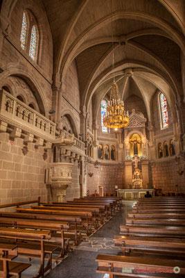 Intérieur de la basilique construite au XIXème siècle, Javier, Navarre / Dentro de la basílica construida en el siglo XIX, Javier, Navarra