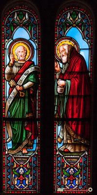 Détail vitral Saint-Pétrus, Saint-Mathurin, don de Monseigneur G. Vibert, 1877. Eglise Saint-André, Cénac. 11/05/2018