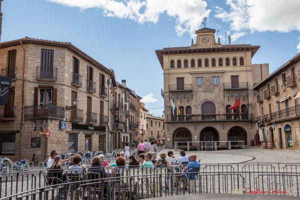 Hôtel de ville, Place Carlos III le Noble, Olite, Navarre / Ayuntamiento, Plaza Carlos III el Noble, Olite, Navarra