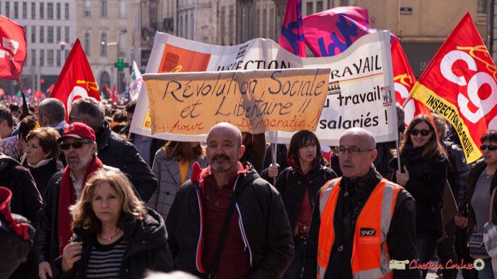 """14h50 """"Révolution Sociale et Libertaire ! ! ... pour une démocratie ! !""""; CGT Inspection du travail. Manifestation intersyndicale de la Fonction publique/cheminots/retraités/étudiants, place Gambetta, Bordeaux. 22/03/2018"""