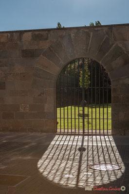 Grille extérieure du Palais d'Ongay-Vallesantoro (XVIIème siècle) / Reja exterior del Palacio de Ongay-Vallesantoro (siglo XVII), Sangüesa, Navarra