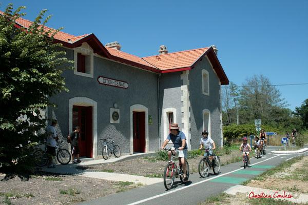 Le gîte d'étape de Citon-Cénac est ouvert en bordure de la voie verte, piste cyclable Roger Lapébie. 06/08/2010