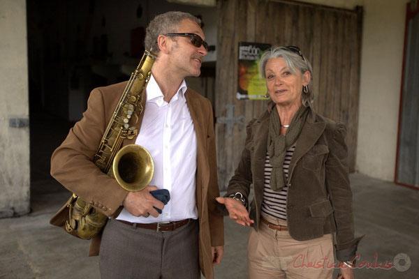 Alex Golino et Simone Ferrer, Maire de Cénac; Festival JAZZ360 2012, château Roquebrune, Cénac, samedi 9 juin 2012